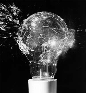 why-do-light bulbs-explode when-in-contact with-water